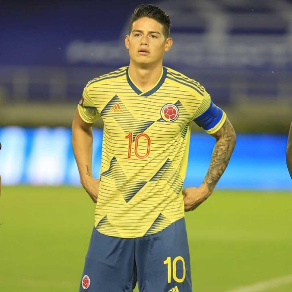 James Rodríguez hija Salome Colombia vs Uruguay