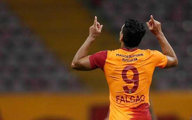 Falcao con Galatasaray. Foto: Instagram Falcao