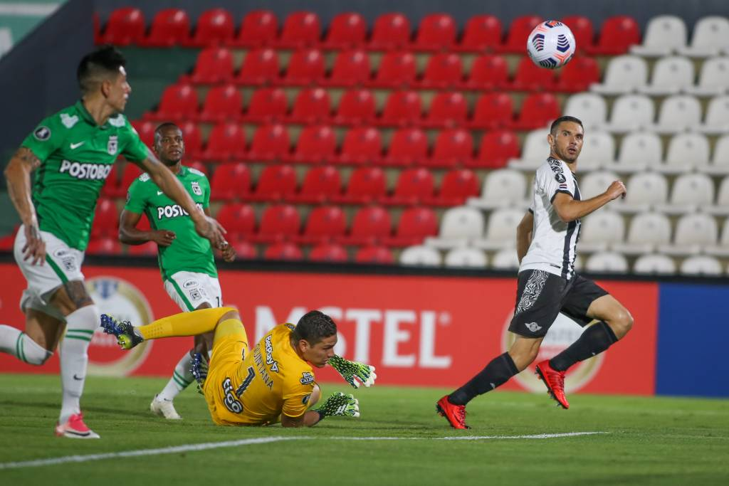 Atlético Nacional gol Libertad Copa Libertadores
