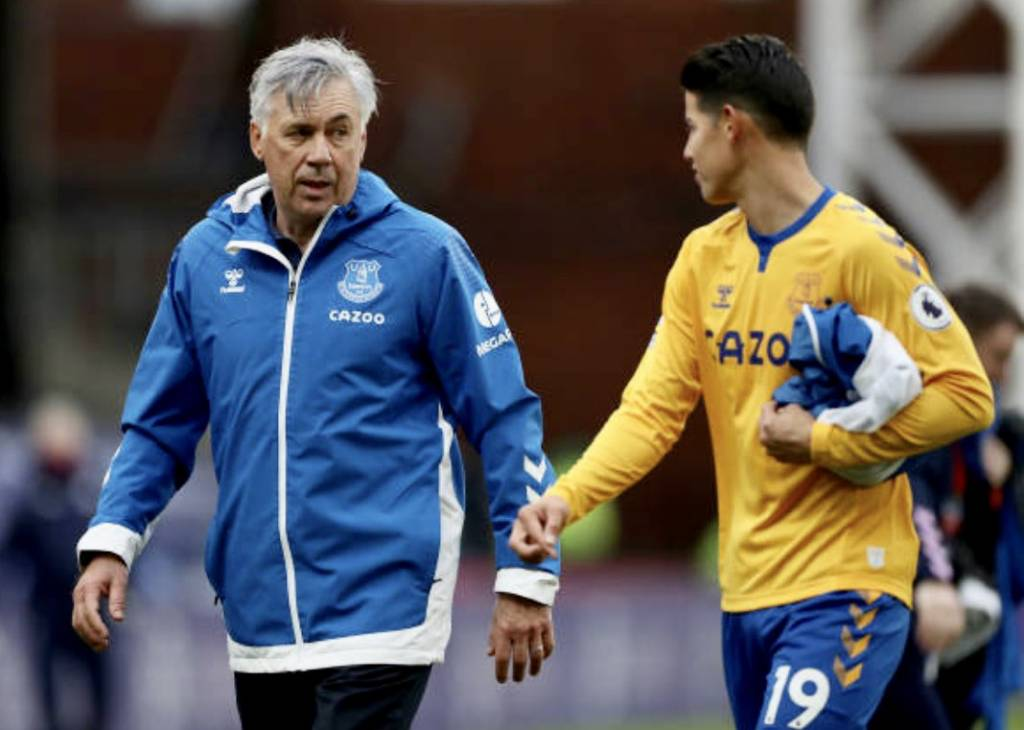 Ancelotti habla sobre la lesión de James Rodríguez y cuándo regresaría