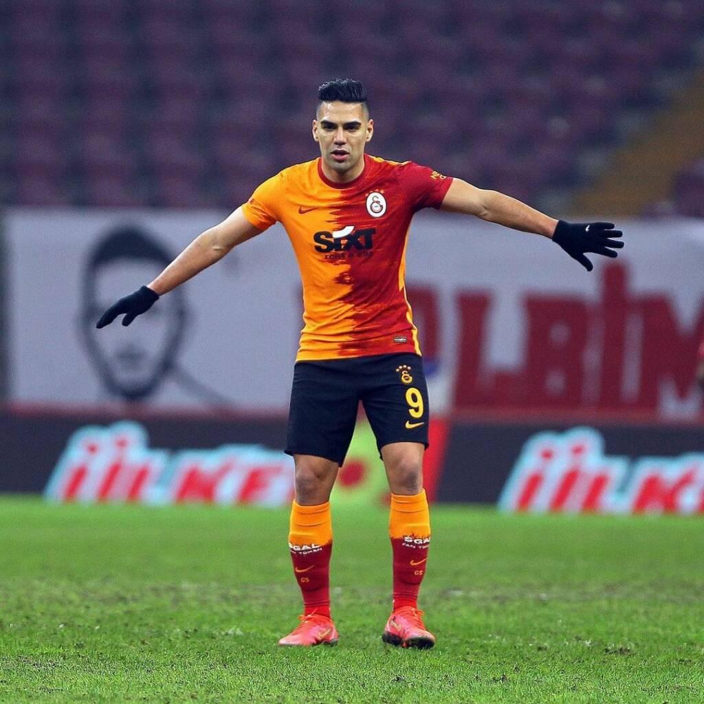 Falcao García Galatasaray presidente continuidad