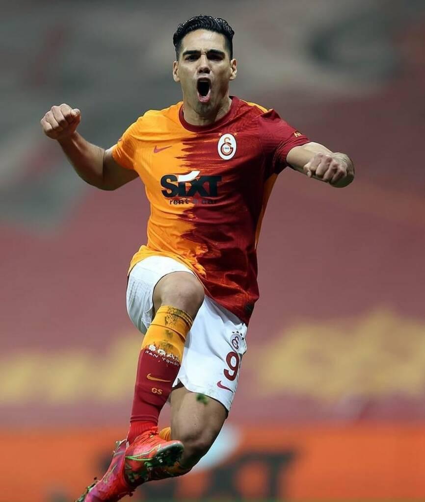 Falcao García compañero Galatasaray  elogios